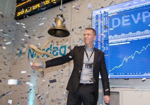 Torsdagen Den 7 December Noterades DevPort På Nasdaq First North Premier.